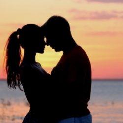 Пара ищет девушку в Туле для секса втроем